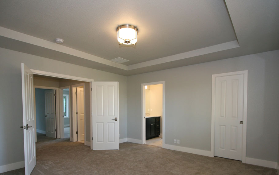 Barclay Spacious Master Bedroom